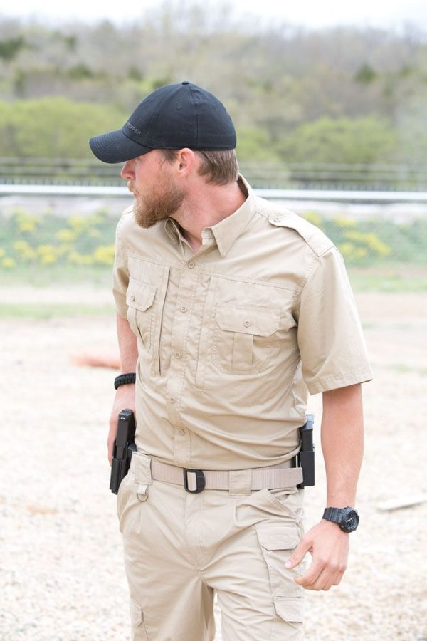 PROPPER Tactical Shirt-short-sleeve-mens-in-use-01-F5311